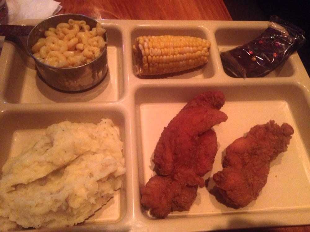 The porch TV dinner - chicken fingers, mash and gravy, Mac