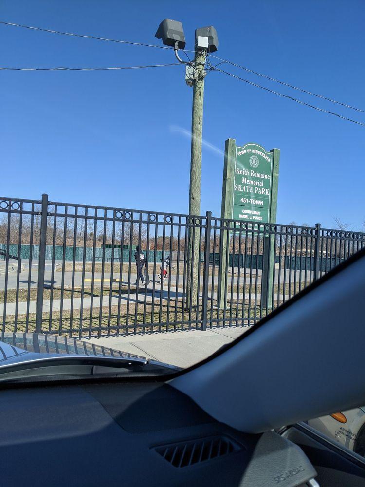 Mastic Skatepark: 300 Mastic Beach Rd, Mastic Beach, NY