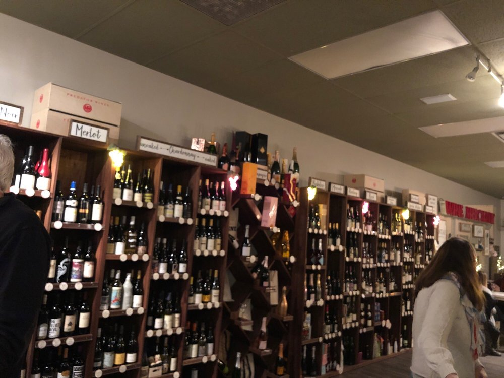The Little Birdie Wine Nest: 6060 Broadview Rd, Parma, OH