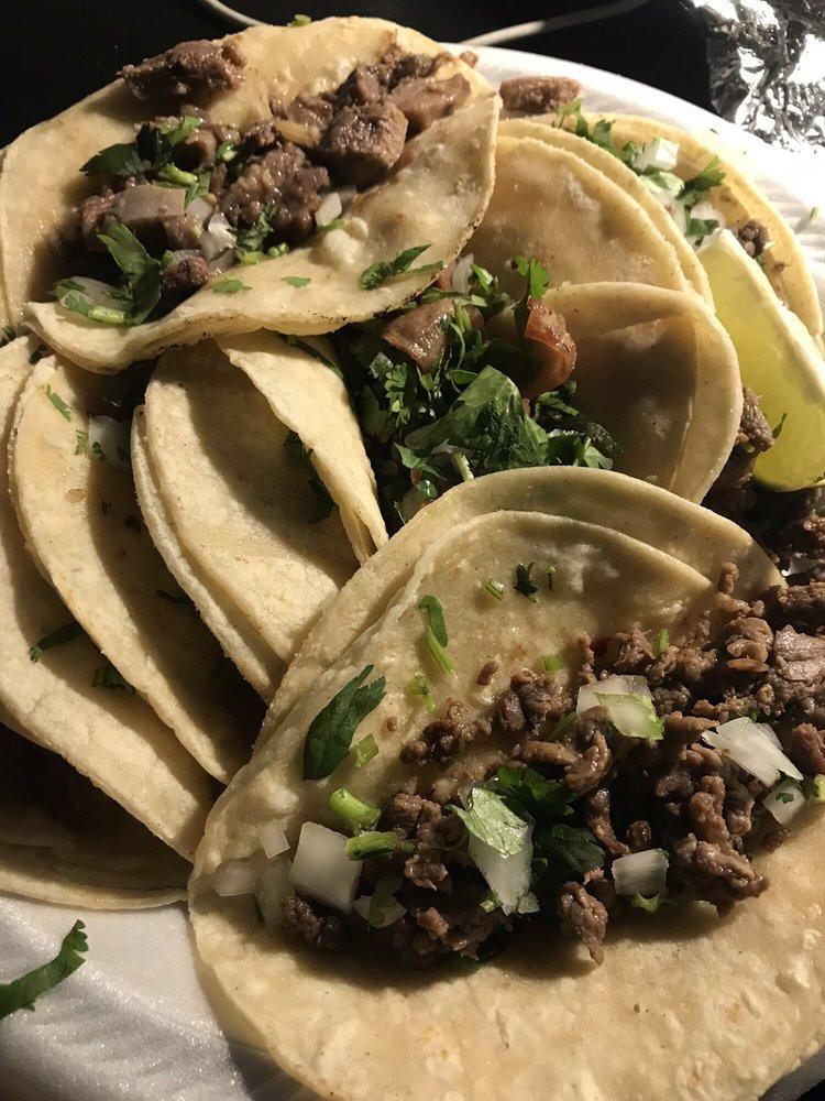 Tacos El Pastorcito: 439 S Kansas Ave, Liberal, KS