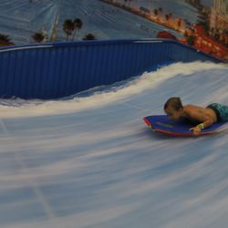 Surf Style Indoor Surfing 25 Photos 15 Reviews Surf