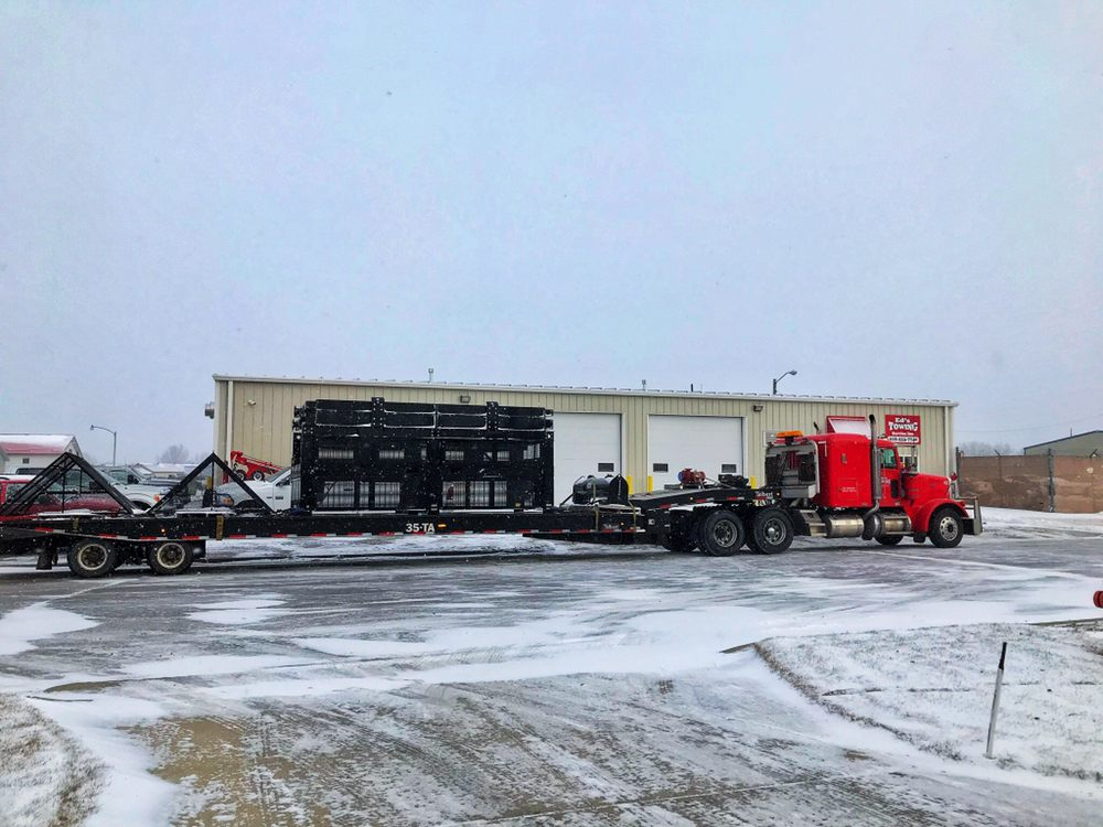 Towing business in Moorhead, MN