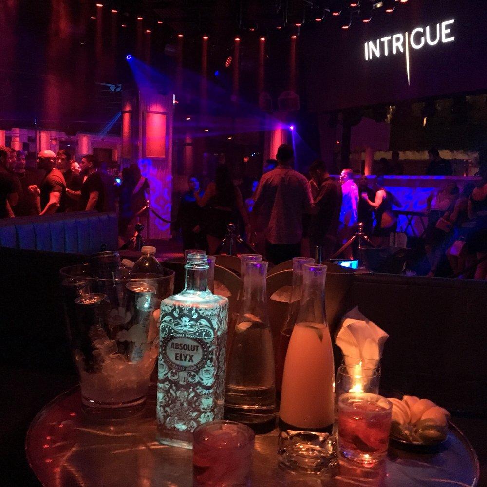 Surreal Nightlife & Bottle Service