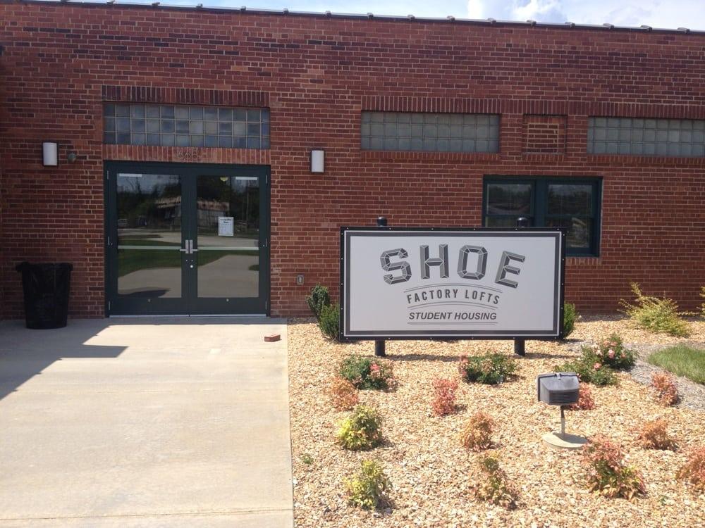 Shoe Factory Lofts: 665 Missouri Ave, West Plains, MO