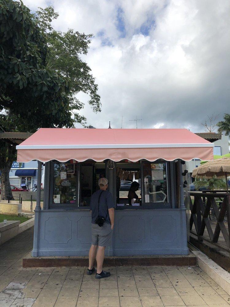 Cafeito: Calle Mattei Lluveras, Yauco, PR