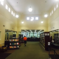photo of glades road branch library boca raton fl united states