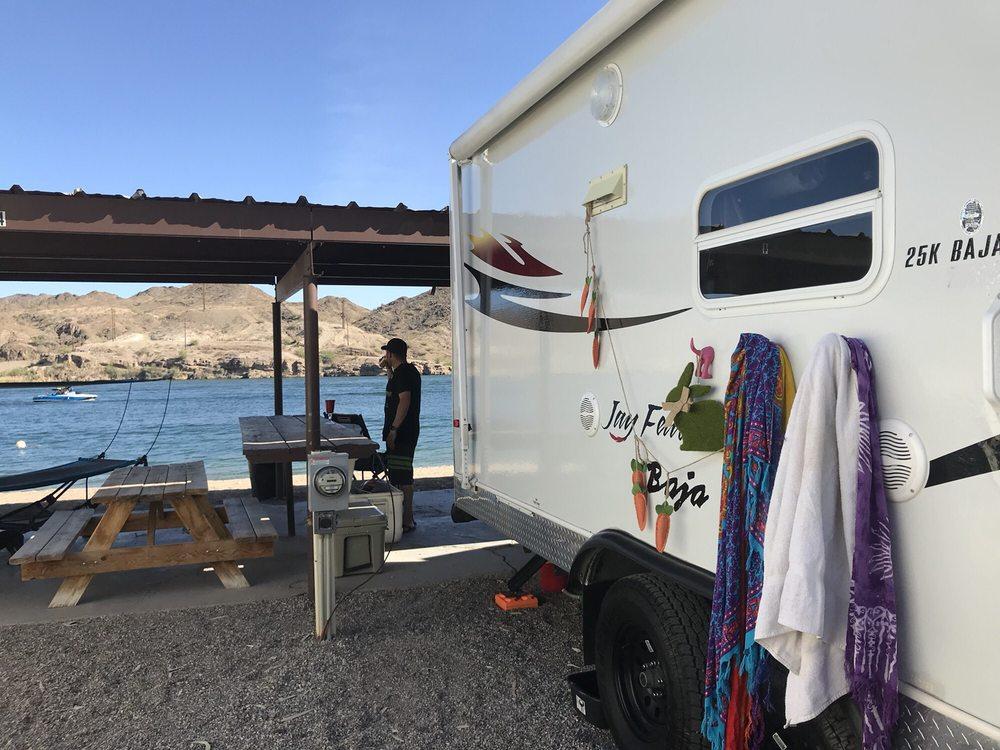 Rio Del Colorado: Parker, AZ