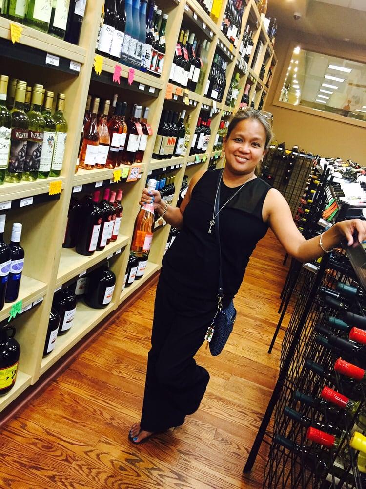 The Village Wine Cellar: 24970 Jericho Tpke, Floral Park, NY