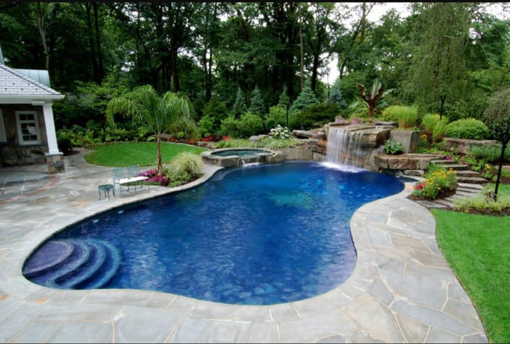 Riley Pools: Jackson, CA