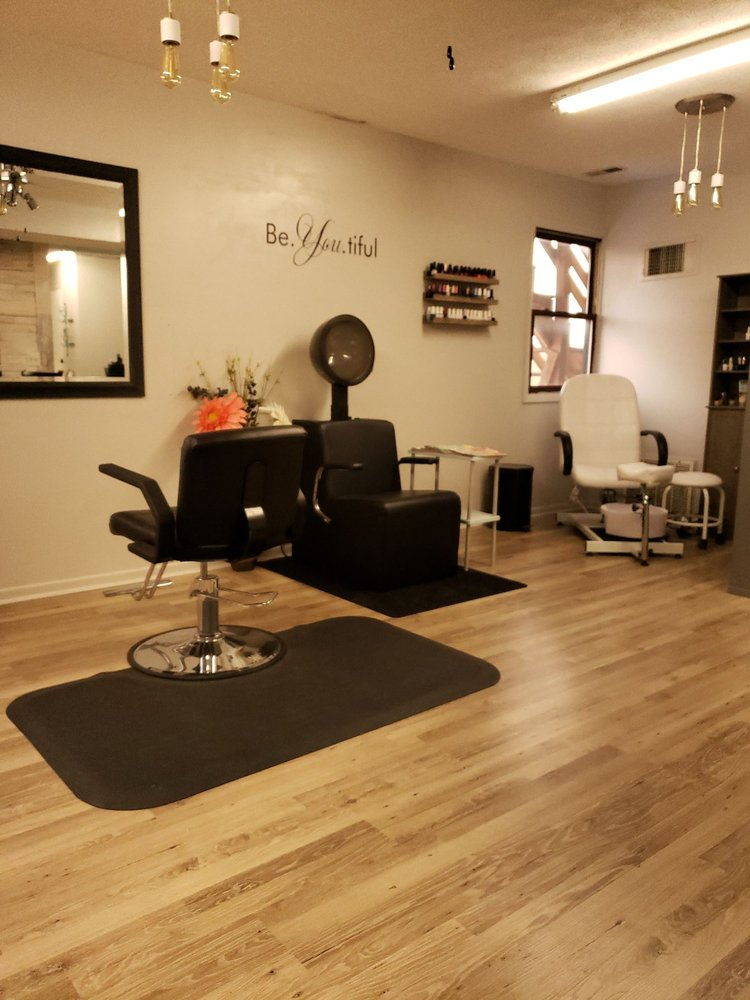Sophisti Hair Salon: 274 S Main St, Waynesville, OH