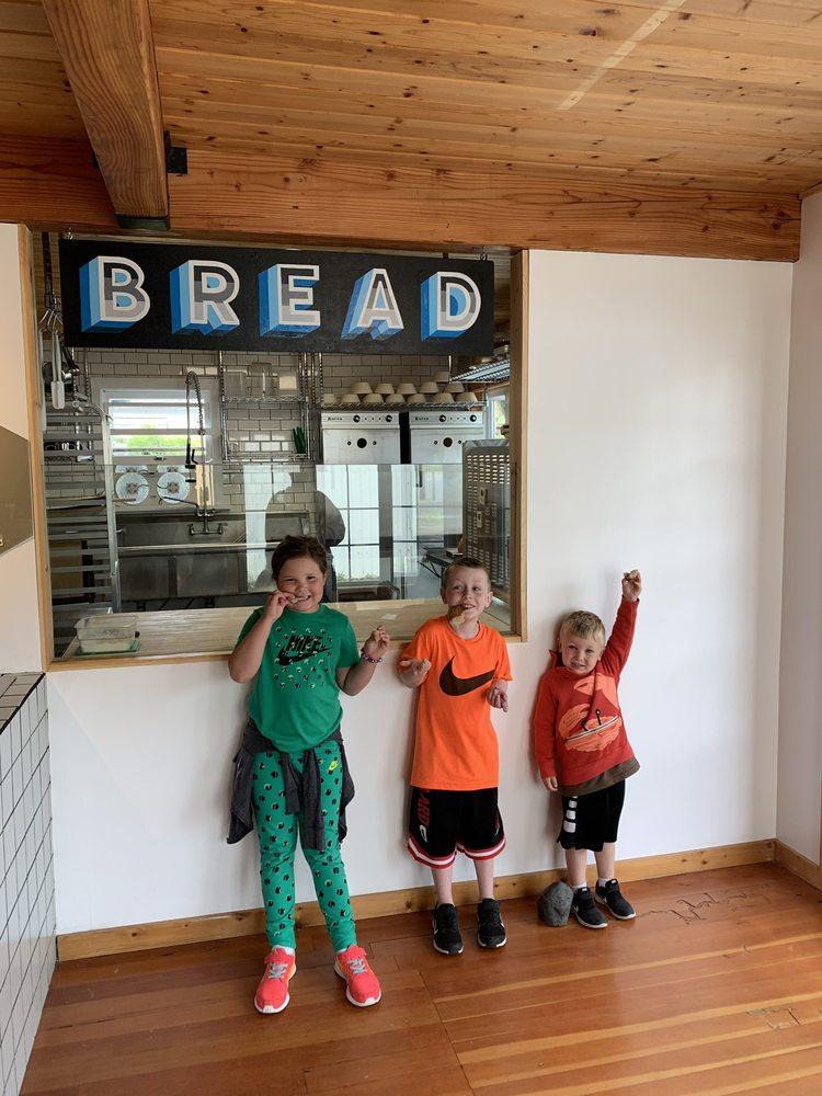 Wolfmoon Bakery: 35915 8th St, Nehalem, OR
