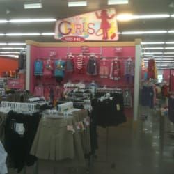 Clothing stores in bakersfield ca