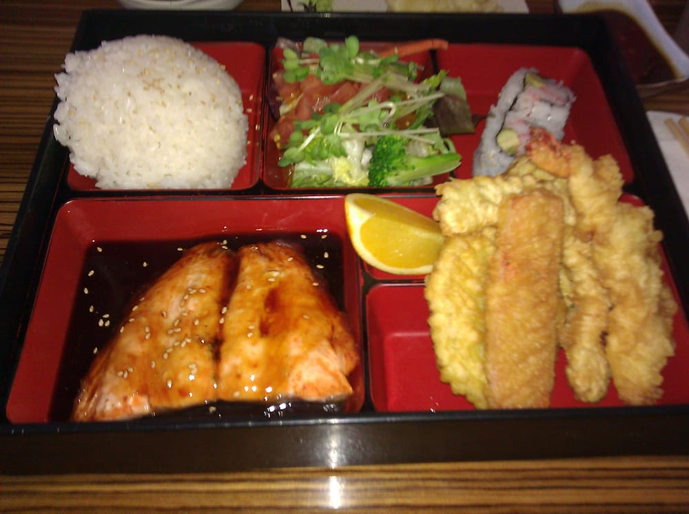 salmon bento lunch box yelp. Black Bedroom Furniture Sets. Home Design Ideas