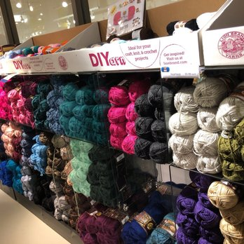 Lion Brand Yarn Outlet - 51 Photos & 18 Reviews - Knitting