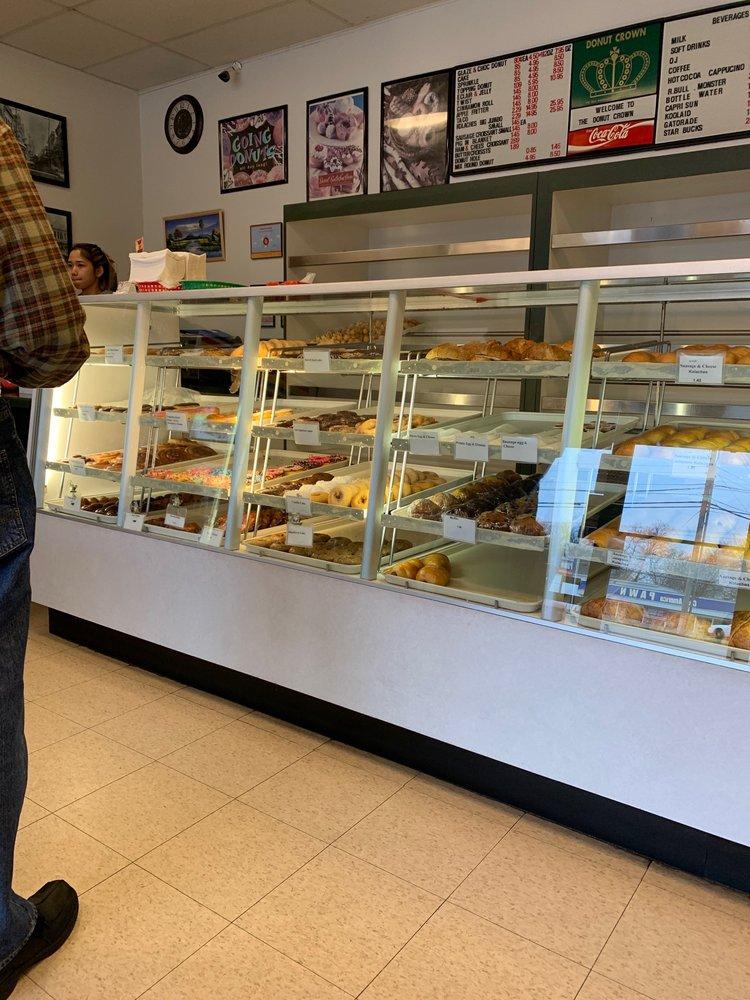Donut Crown: 7940 Burnet Rd, Austin, TX
