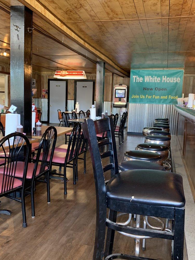 White House Tavern: 329 W Broadway St, Du Bois, IL