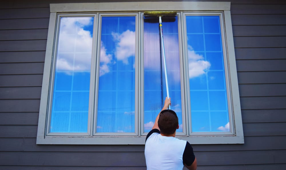 Wichita Window Cleaning: 4721 Hedgerow Ct, Bel Aire, KS