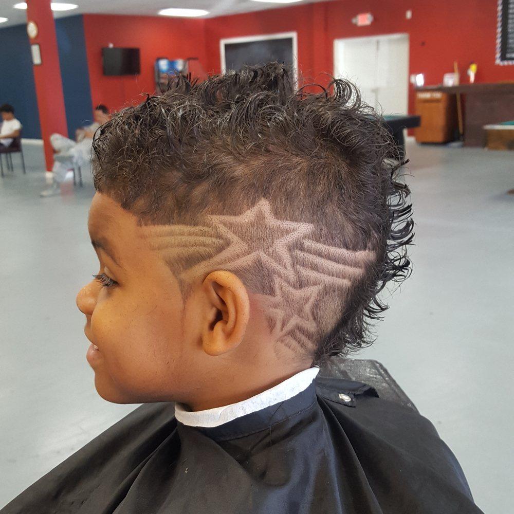 Headliners Barbershop: 615 E Robinson Ave, Grovetown, GA