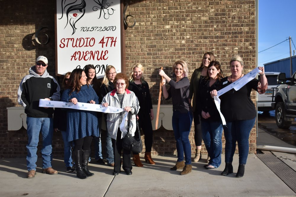 Studio 4th Ave: 2108 4th Ave W, Williston, ND