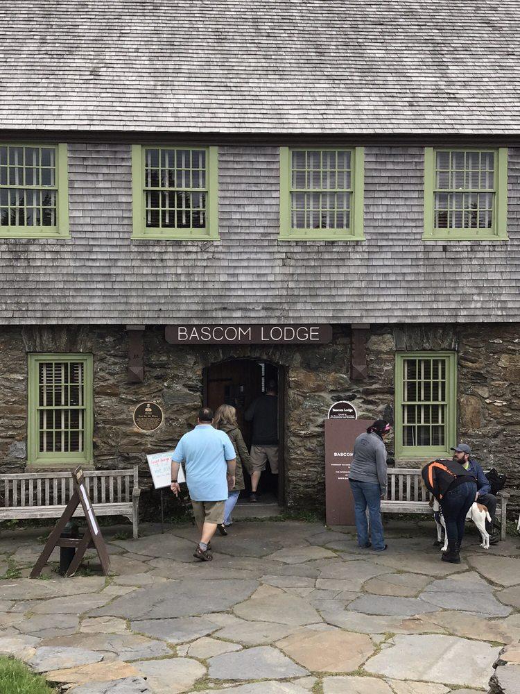 Bascom Lodge: Adams, MA