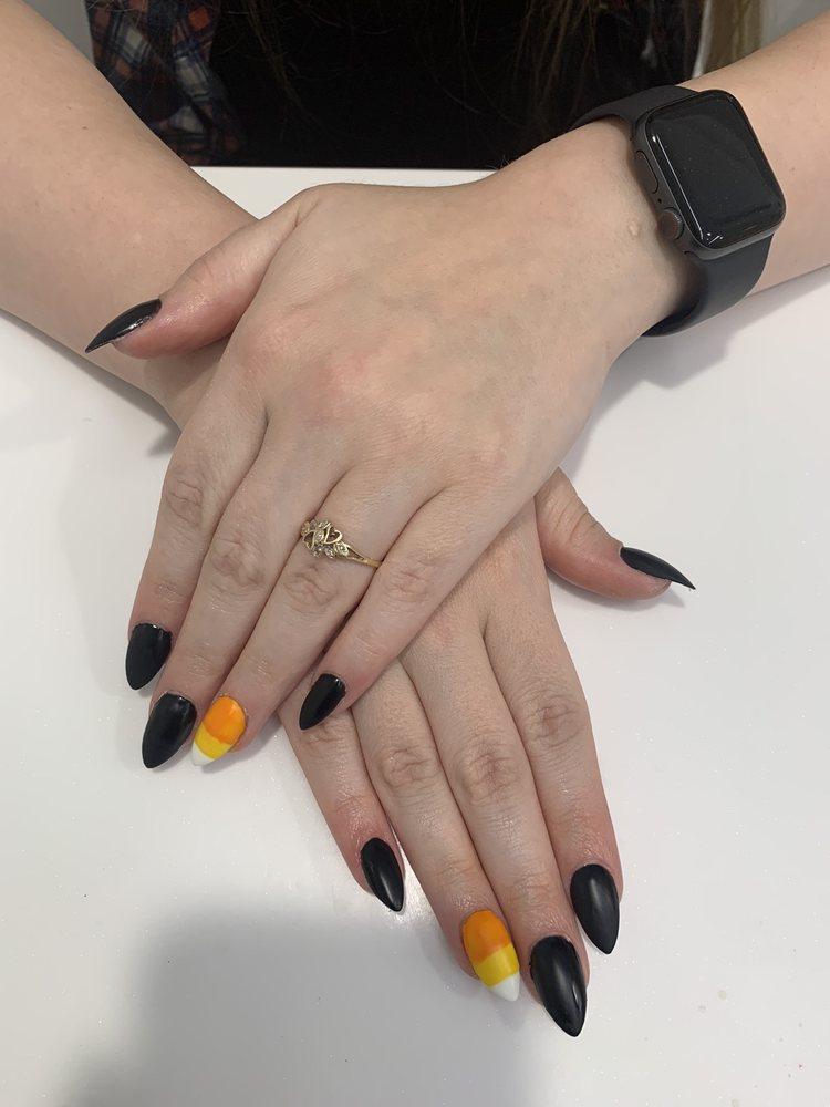 The Nail Joint: 2580 Bechelli Ln, Redding, CA