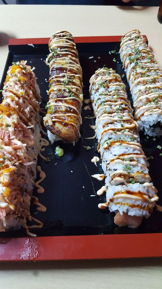Crazy Sushi: Avenida Campo Rico S/N, Carolina, PR