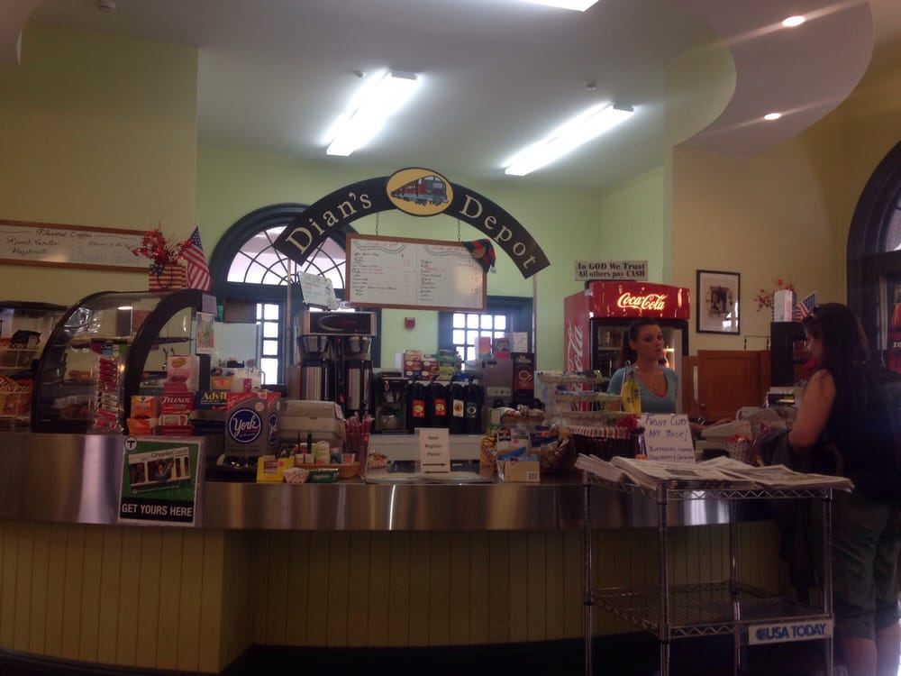 Dian S Depot Kaffe Te 7 Mill St Attleboro Ma Usa
