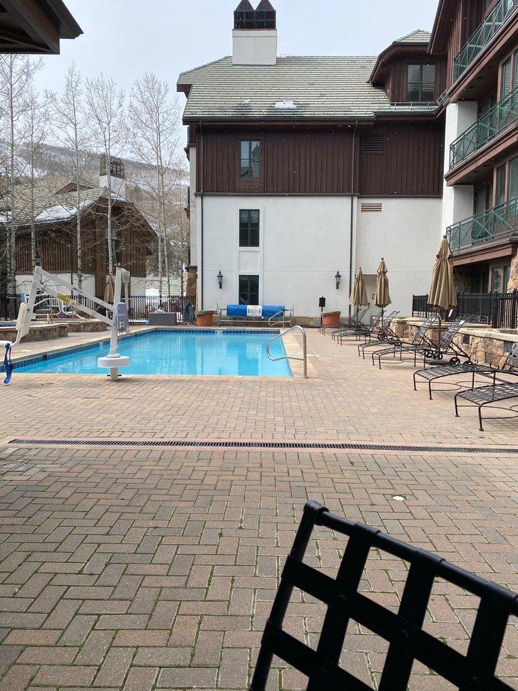 Hyatt Mountain Lodge - Slideshow Image 2