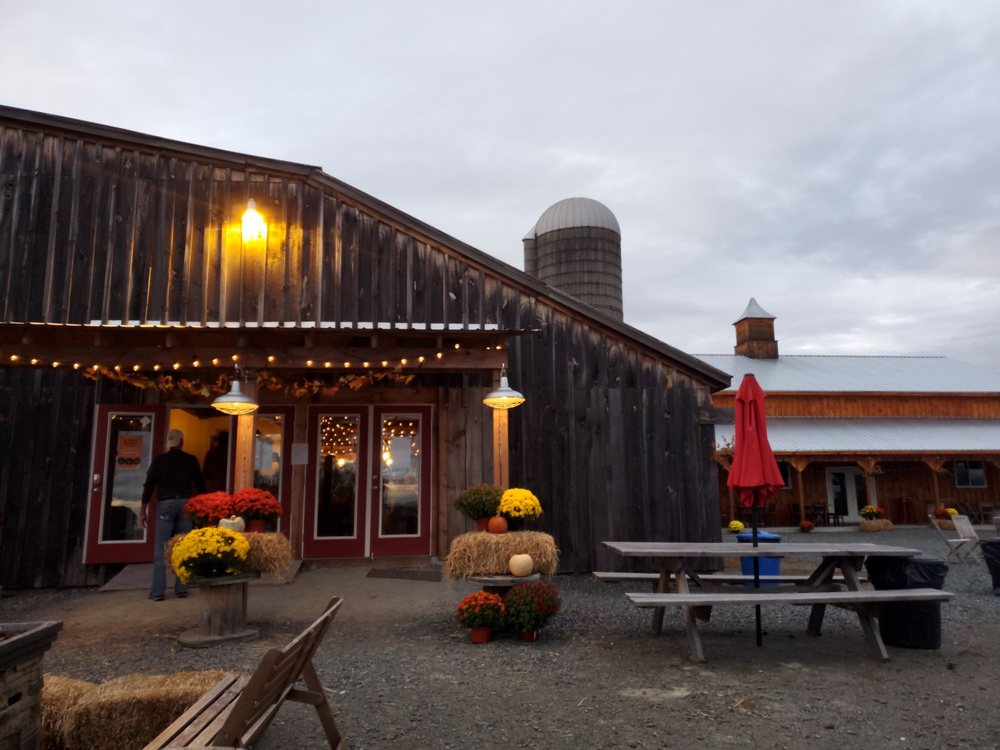 S and S Farm Brewery: 174 Middle Rd, Nassau, NY
