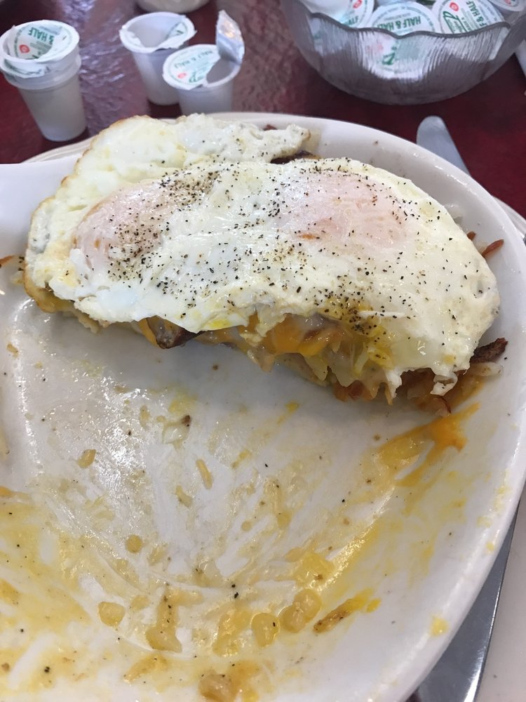 Sammies Cafe: 8110 W 95th St, Hickory Hills, IL