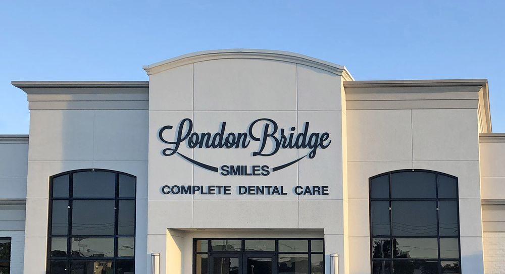 London Bridge Smiles