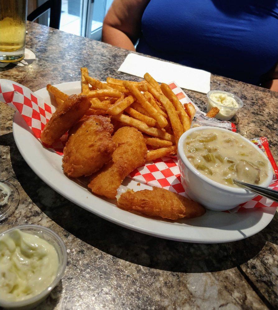 Danny's Midway Pub & Grill: 14824 Smokey Point Blvd, Marysville, WA