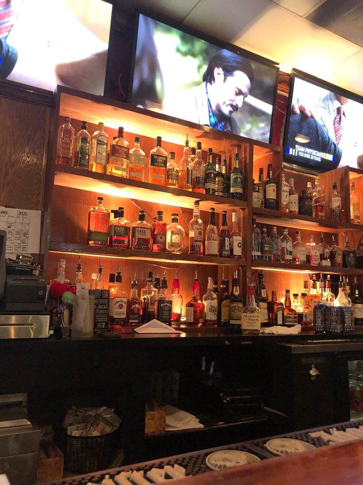 J Greene's Pub: 10017 Manchester Rd, St. Louis, MO