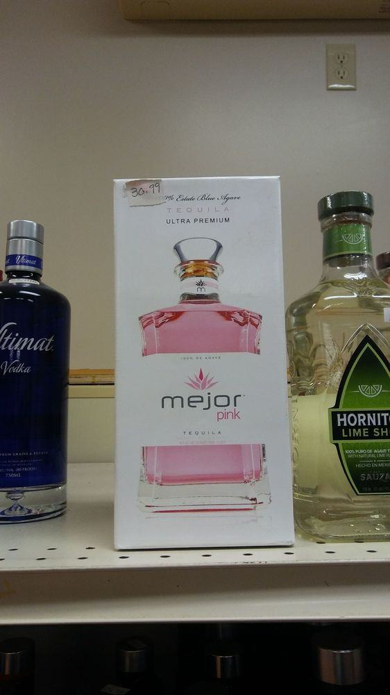 Oneco Wine & Spirits: 1037 Plainfield Pike, Sterling, CT