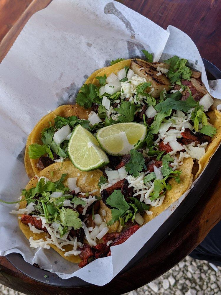 Leo's Snacks: 4101 Highway 146, Bacliff, TX