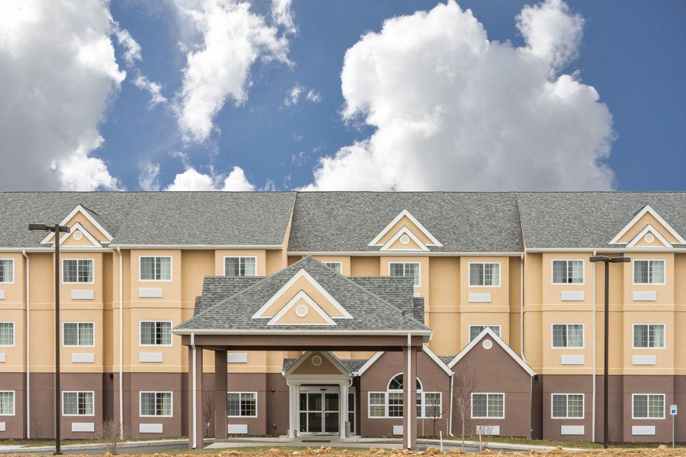 Microtel Inn & Suites By Wyndham Beaver Falls: 2801 Darlington Road, Beaver Falls, PA