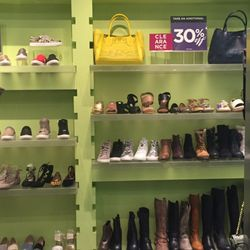6ffca7b0eec Steve Madden Shoes - CLOSED - Shoe Stores - 1151 Galleria Blvd ...