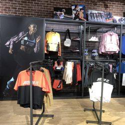 2a22ed624603 Nike Running - 48 Photos   72 Reviews - Sports Wear - 37 W Colorado ...