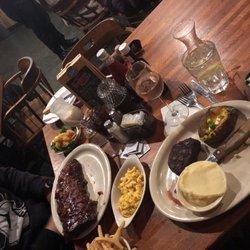 19 Baileys Rib Steakhouse