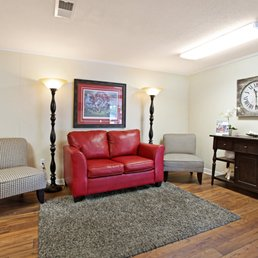 Canterbury - 20 Photos - Apartments - 1108 14th Ave, Tuscaloosa, AL ...