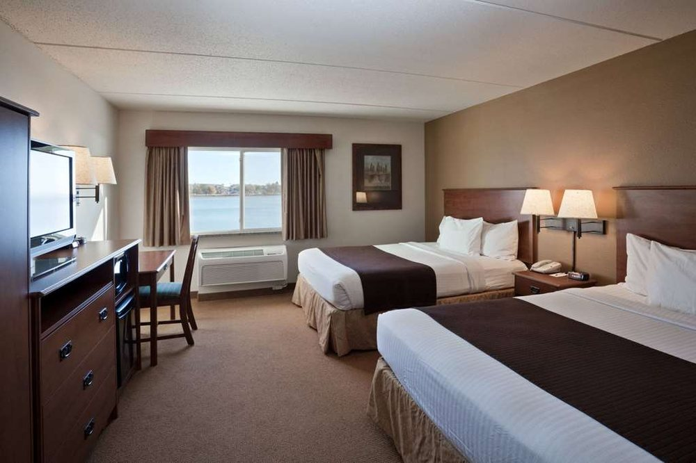 AmericInn by Wyndham Fort Pierre - Conference Center: 312 Island Drive, Fort Pierre, SD