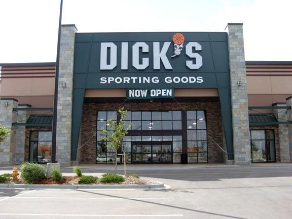 DICK'S Sporting Goods: 2269 Prairie Center Pkwy, Brighton, CO