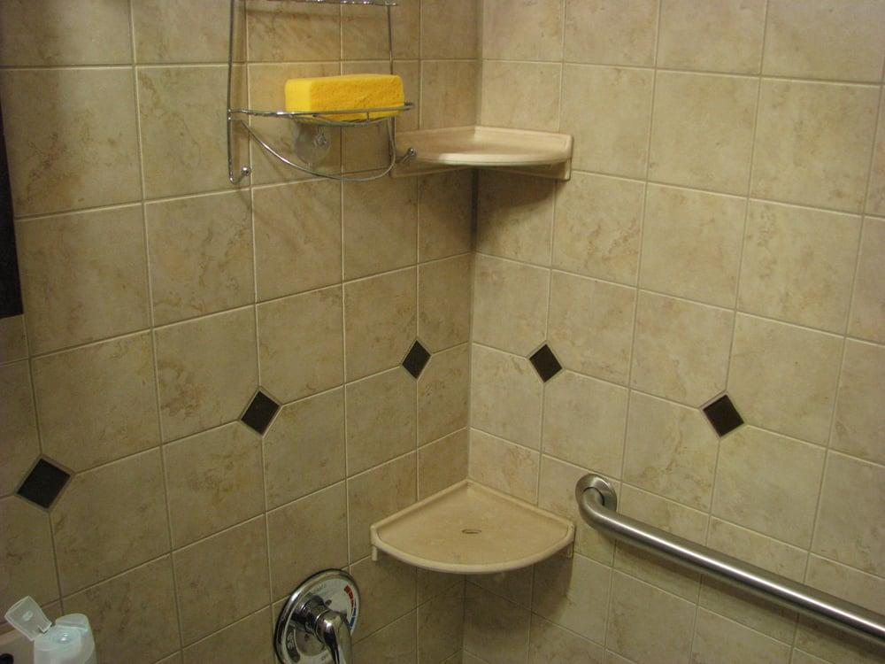 Thornton Bathroom W Glass Tile Inserts Amp Ceramic Shelves