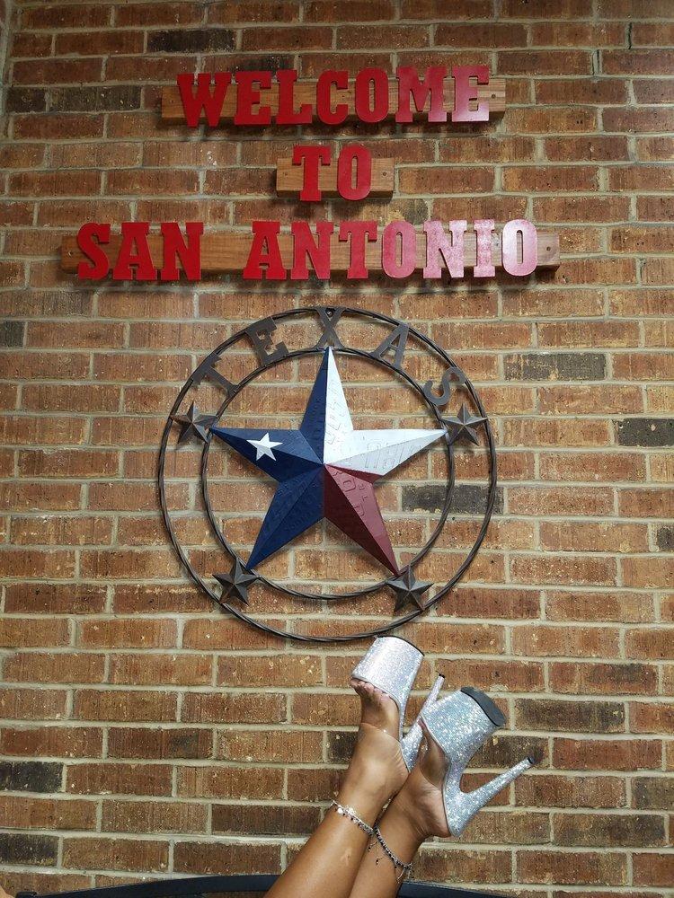 Iron Skillet Restaurant: 1112 Ackerman Rd, San Antonio, TX