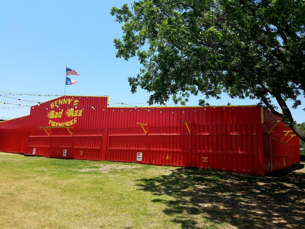 Benny's Bad Azz Fireworks: 5050 Knob Hill Rd, Azle, TX