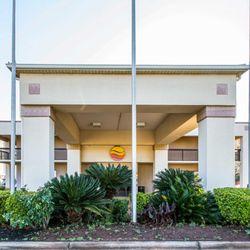 Photo Of Comfort Inn Forsyth Ga United States
