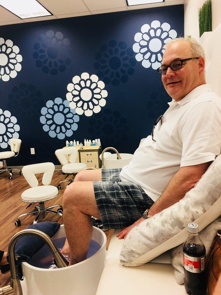 Frenchies Modern Nail Care- Lakeville: 20730 Holyoke Ave, Lakeville, MN