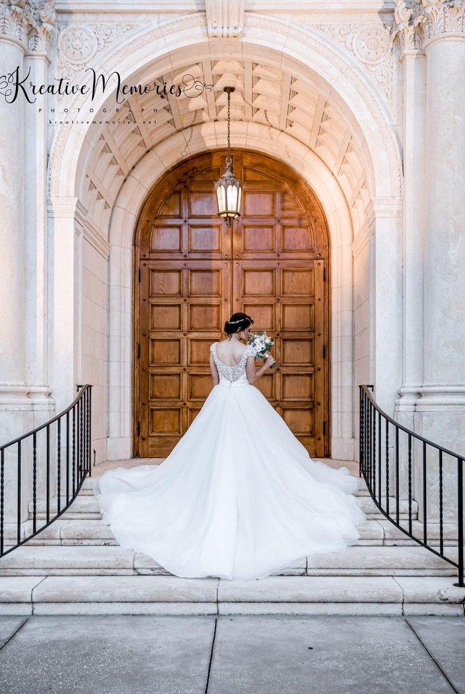Lynn Fashion & Bridal