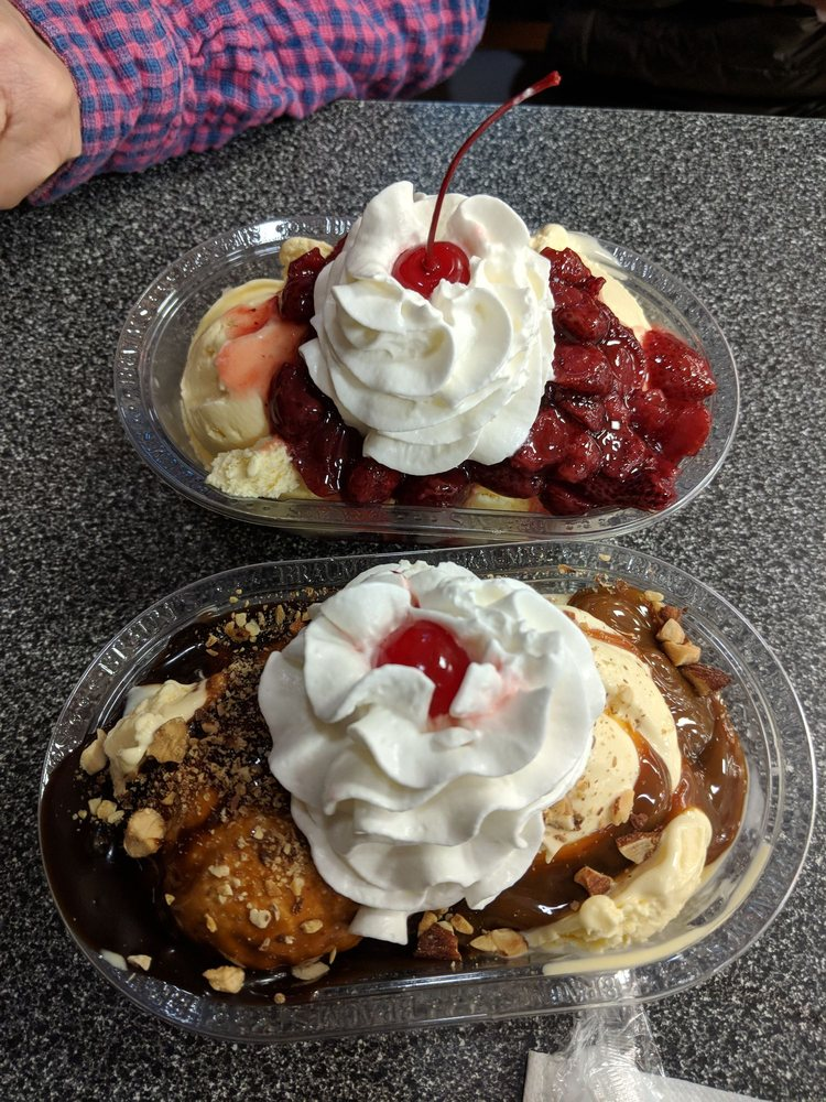 Braum's Ice Cream Store: 7701 Rogers Ave, Fort Smith, AR