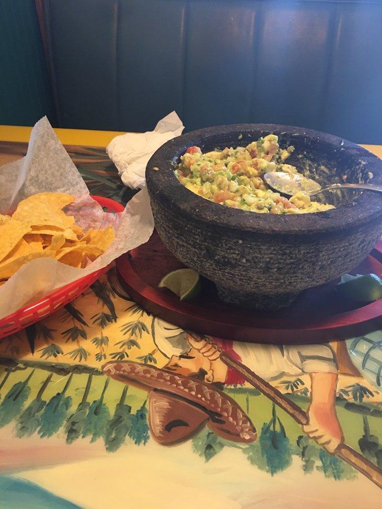 Pueblo Chico Mexican Grill: 2626 Broadway Ave SW, Roanoke, VA